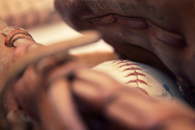 野球賭博が他の博打に比べて特に厳しく処罰される理由!野球賭博におけるハンデとは?