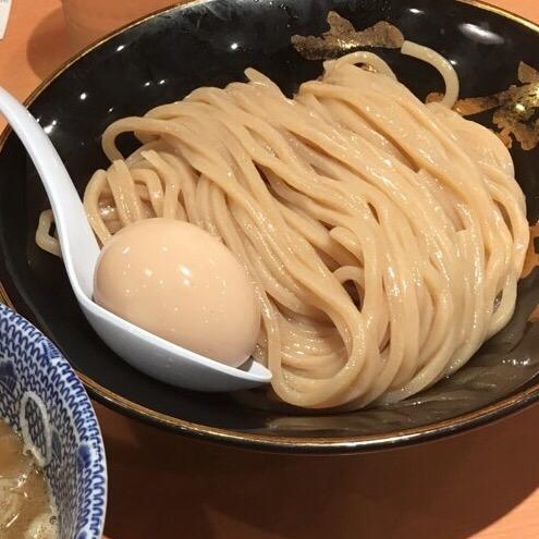 東京駅・ラーメンストリートで一番人気の行列!六厘舎のつけ麺に舌鼓!