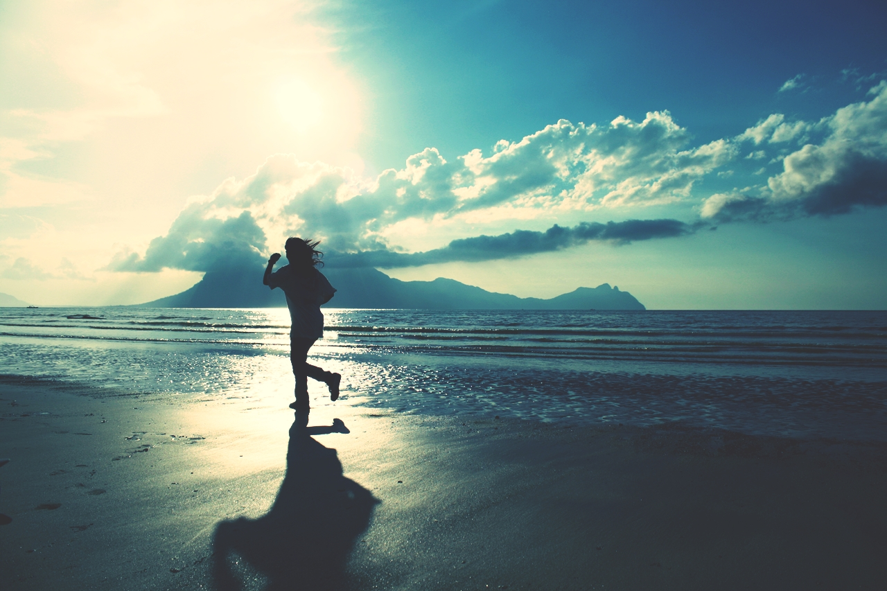サラリーマンがジョギングを長続きさせるためには、ゲーム感覚を取り入れると効果的