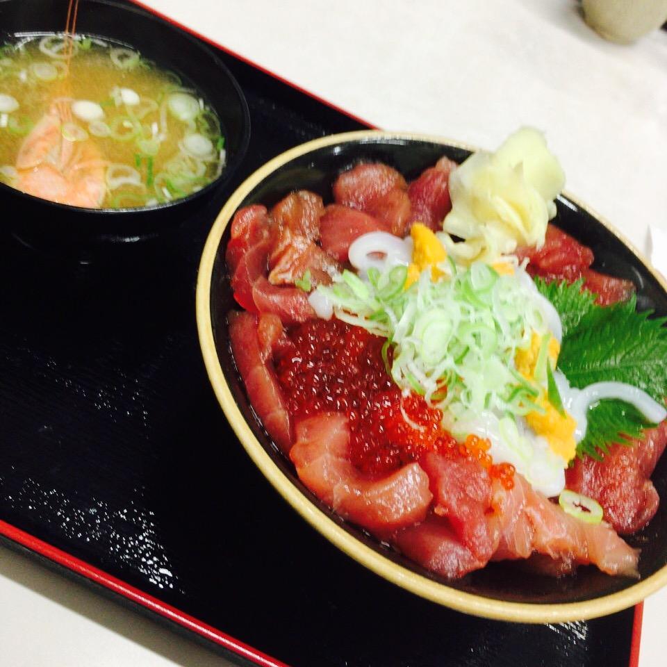 【鳥取県米子市】境港の魚介を使った「山芳亭」の海鮮丼!米子インターすぐでアクセス抜群