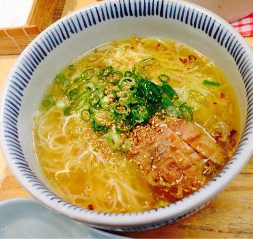 「とりそば太田」鶏好きにはたまらない!透き通るような出汁の鶏塩ラーメン
